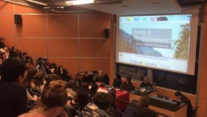 Minister of Environment and Climate Change hosts panel at