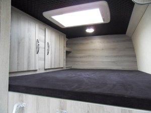 4x4 mercedes sprinter fixed bed