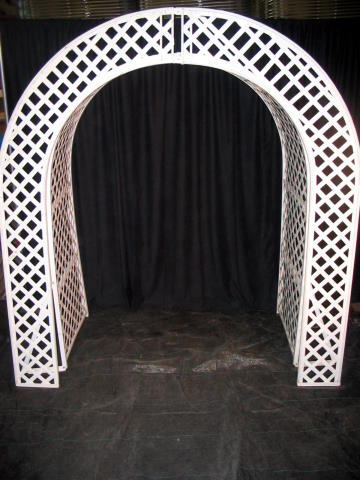 McLean Sherwood Rentals Arch Lattice White Face