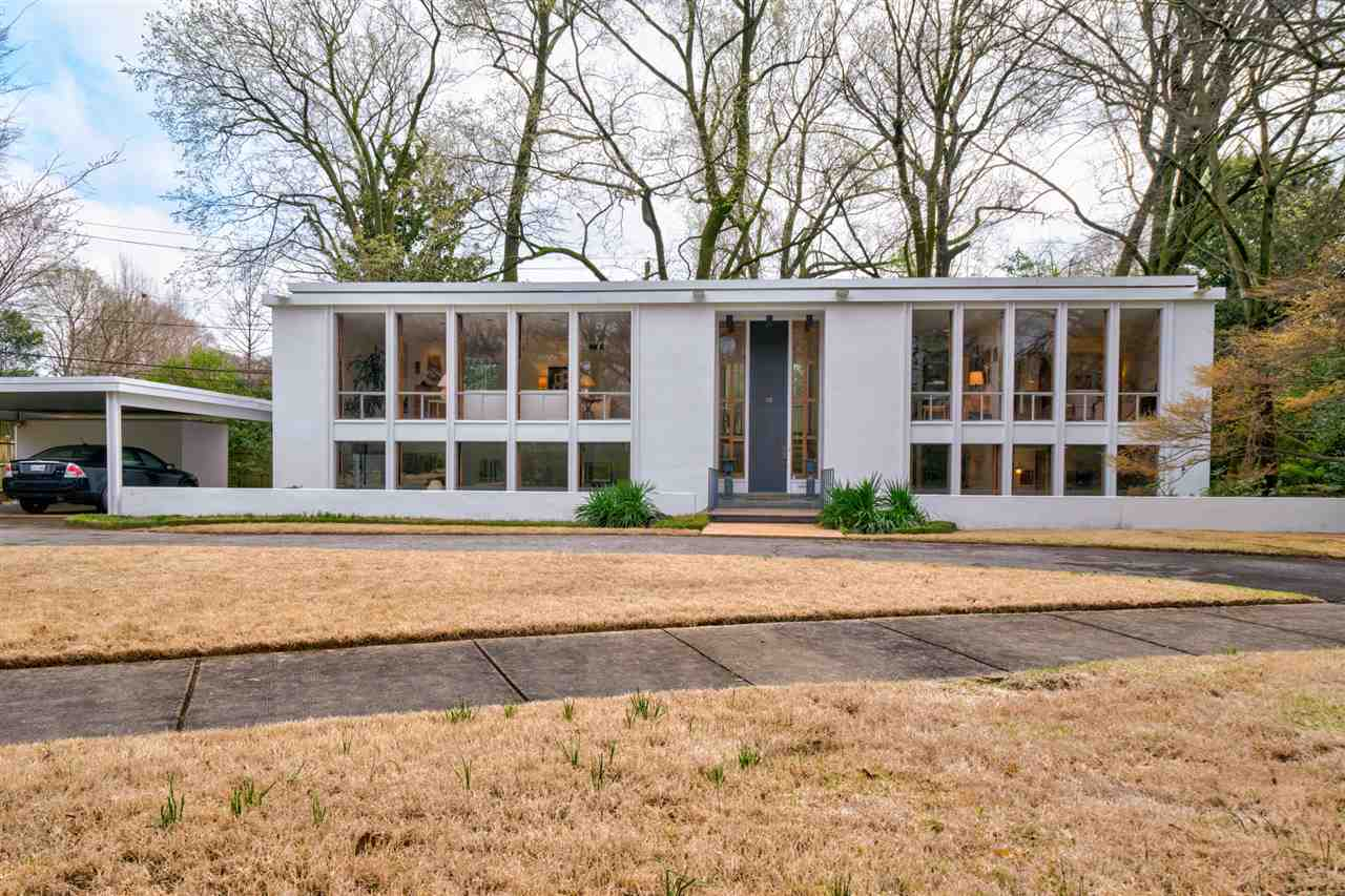 Memphis house by (and for) Thomas F. Faires