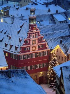 Picture of an old town at Christmas