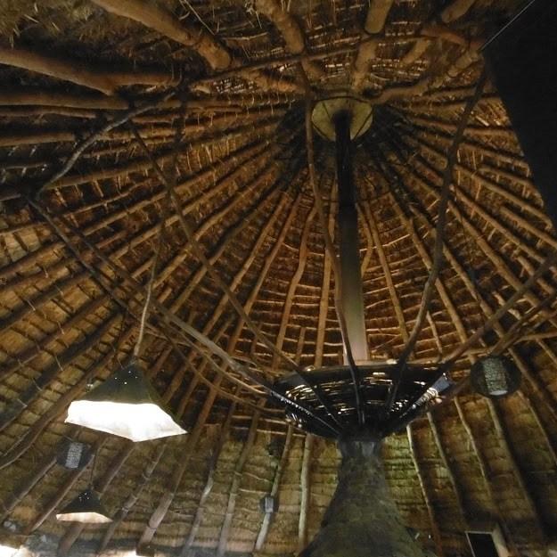 tejado interior palloza de balboa