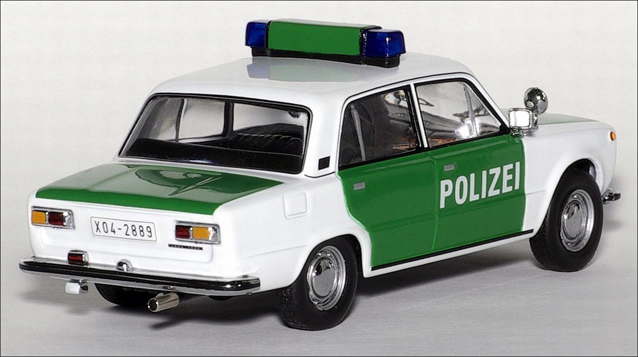 IXO 1973 Lada 1200 German Polizei Green And White CLC121 In 143 Scale MDiecast