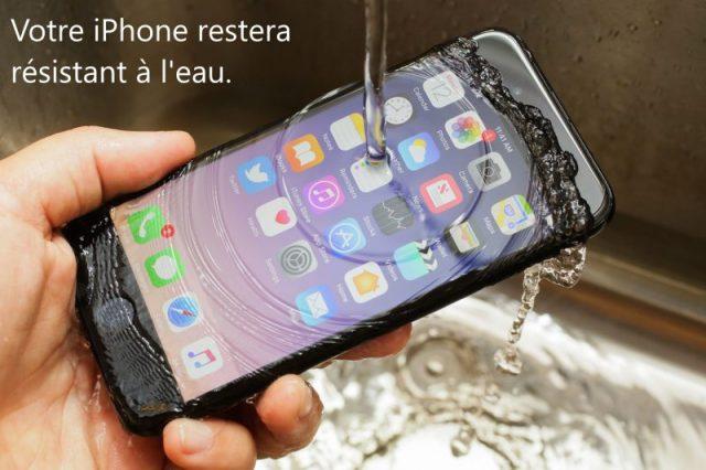 Nous remettons les adhésifs en place pour s'assurer que votre iPhone sera toujours résistant à l'eau.