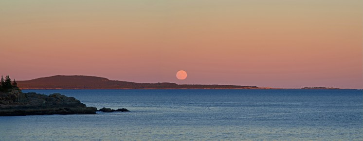 Judd Critique Feb 16 Moonrise over Schoodic