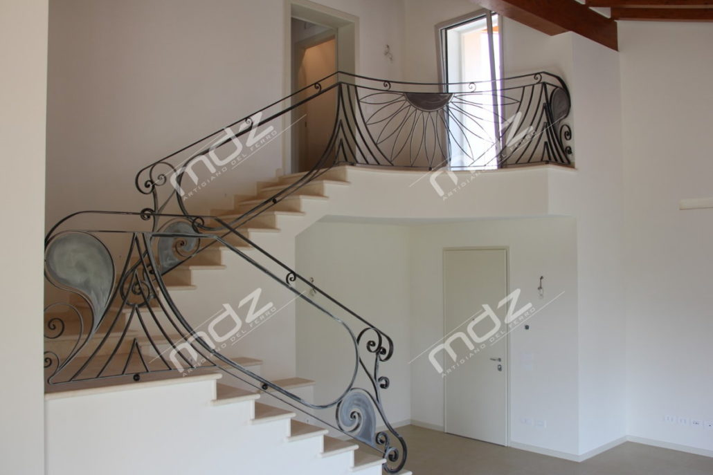 Ringhiera in vetro a pannelli da esterno per balcone. Ringhiere E Parapetti In Acciao Inox Isola Vicentina Vicenza