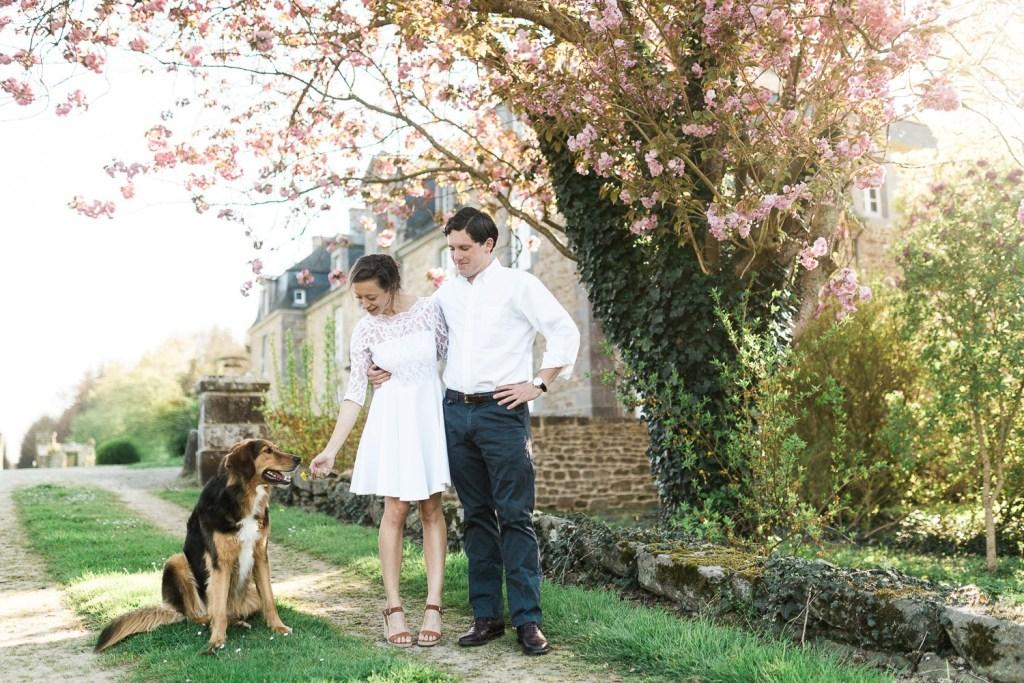 La jolie séance engagement de Cécile et Lansdale au printemps