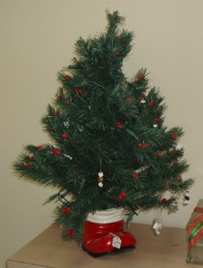 90. Christmas Tree in Red Ceramic Boot