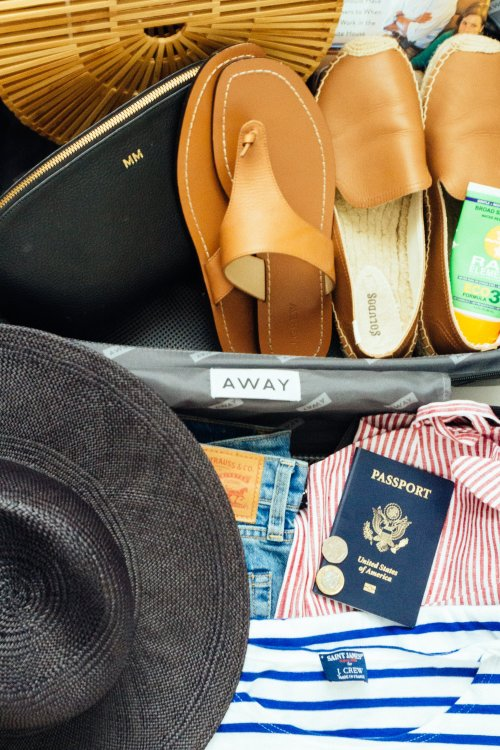 Away Luggage Review