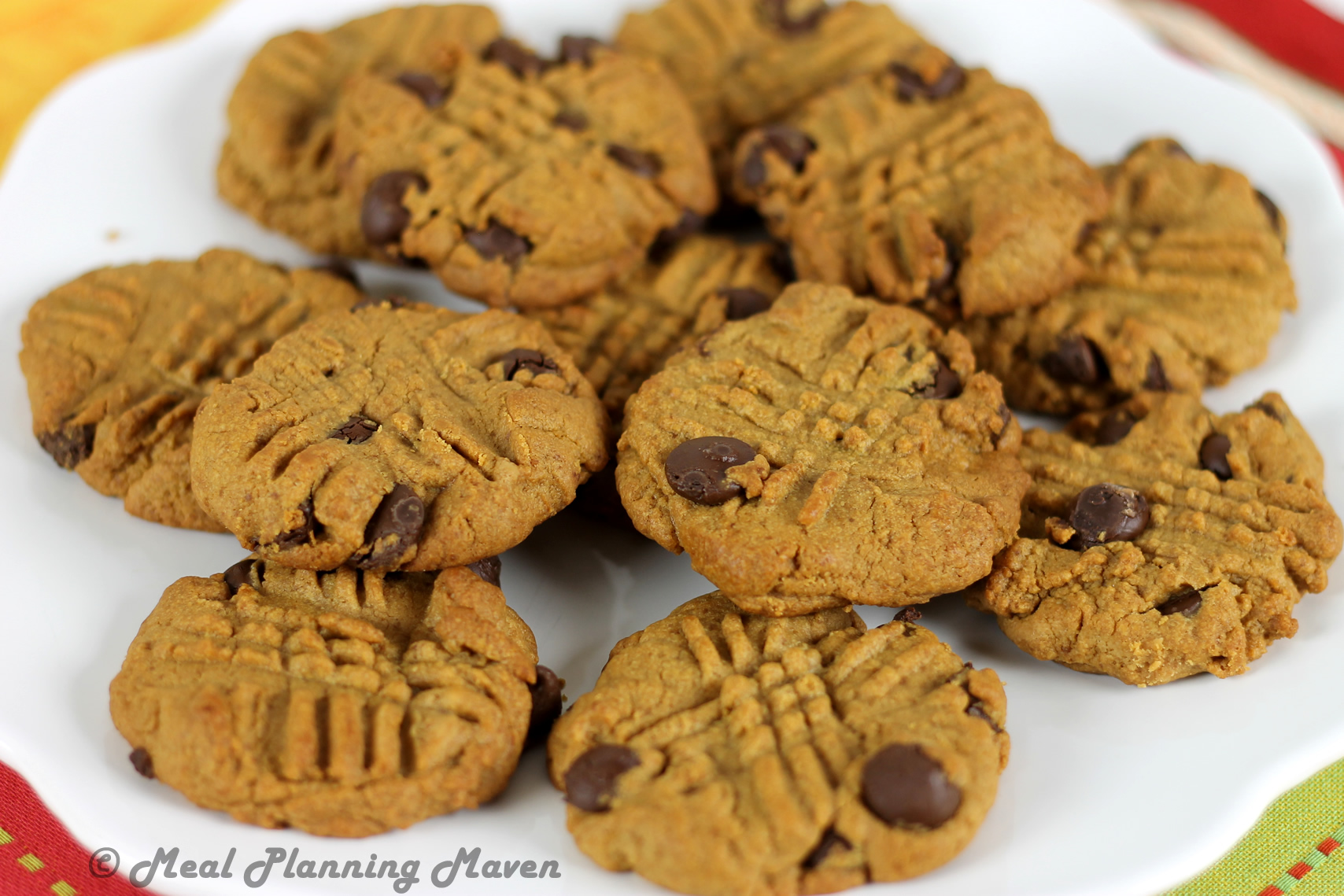Chewy Peanut Butter Choco-Chip Cookies