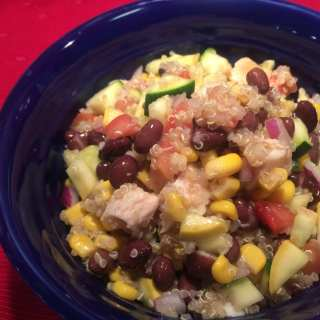 Southwest Quinoa Chicken Salad – 4 Smart Points
