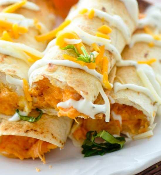 P-baked-buffalo-chicken-taquitos-045