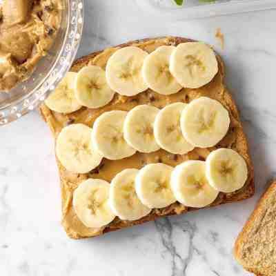 Chocolate-Chip-PB-Banana-Sandwiches_EXPS_HCA18_103795_B09_29_1b
