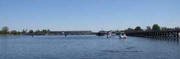 On of the 5 locks on the Caloosahatchee River