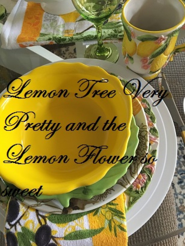 Summer lemon tablescape17