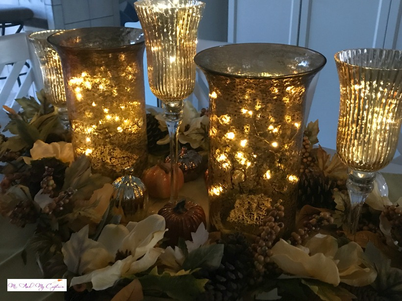 centerpiece vignette with leave red gold