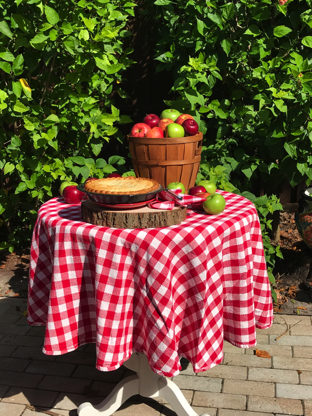 apple orchard apples on table