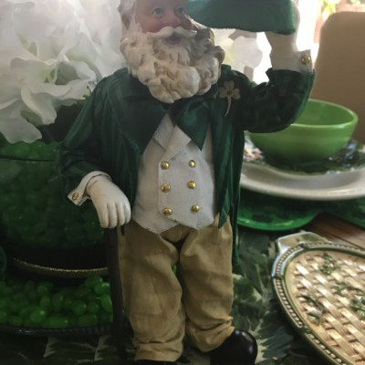 Irish Santa Visits My St. Patrick's Day Tablescape!