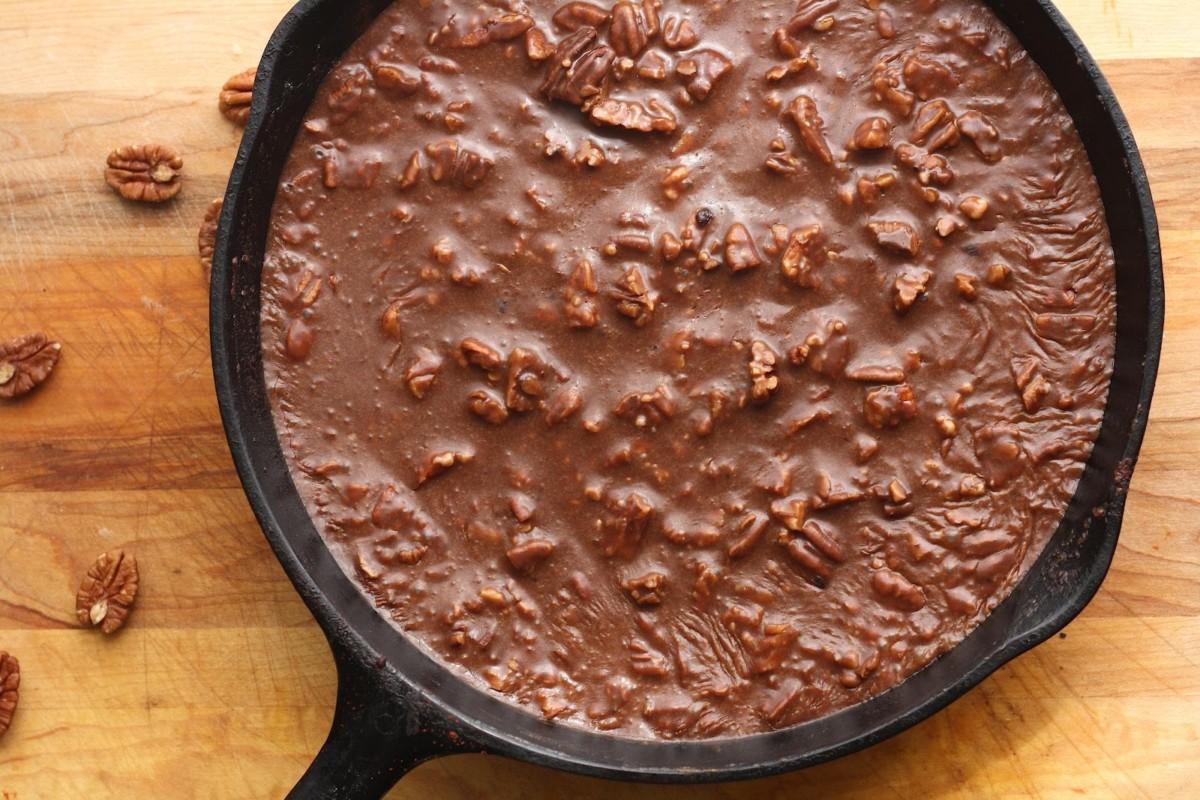 mini thin cocoa cake