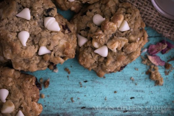 Oatmeal Crasin + White Chocolate Chip Cookies | Mean Green Chef