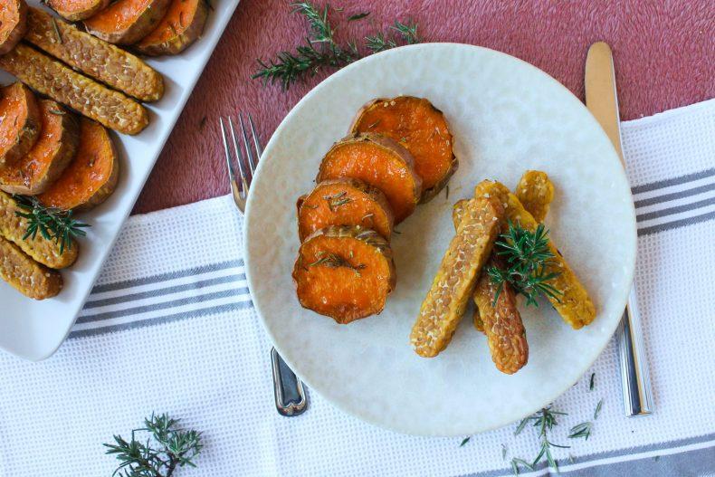 Palitinhos de tempeh com batata-doce e alecrim 2
