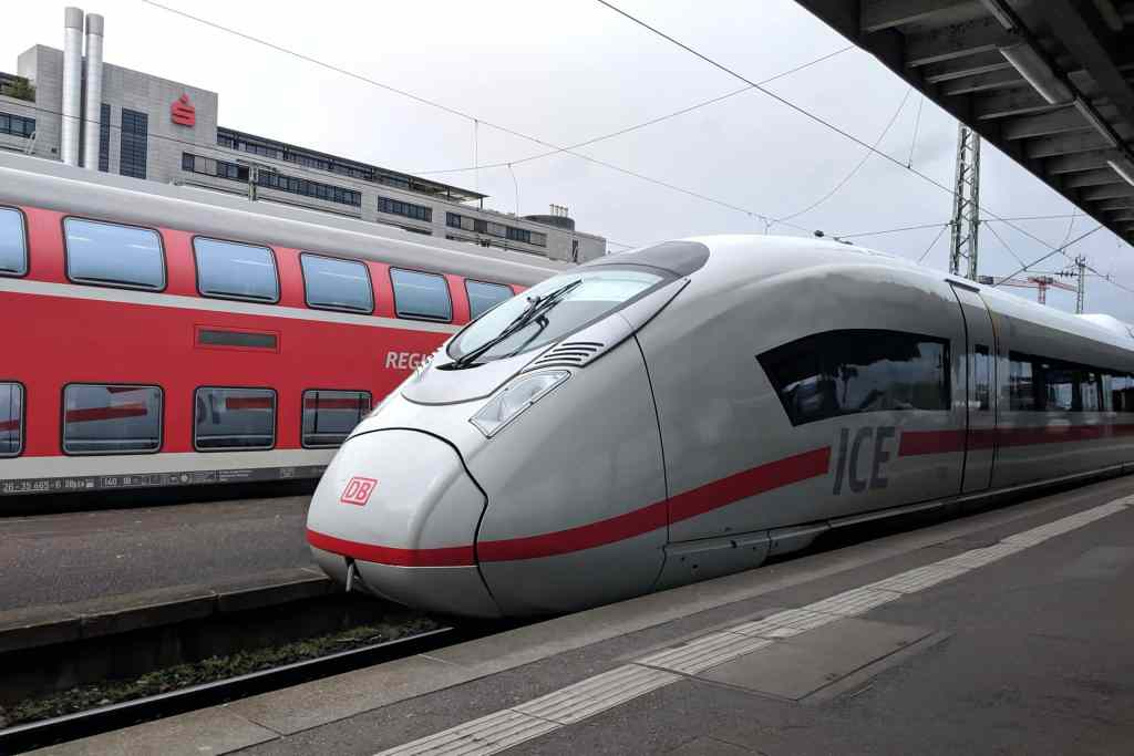 white and red DB ice train in germany