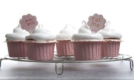 Sweet Surprise Lemon Meringue Cupcakes