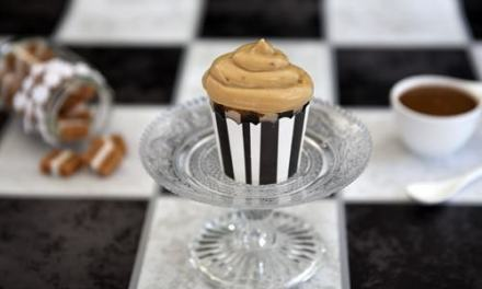 The Best Salted Caramel Cupcakes Ever