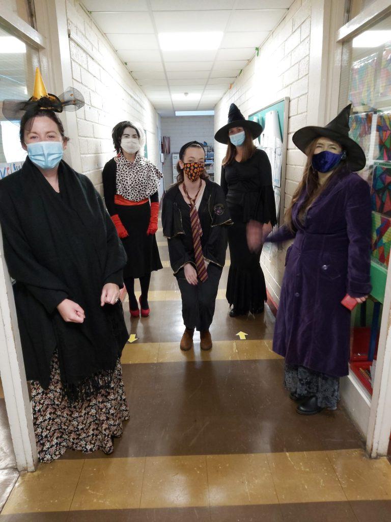 4th Class team Scoil an Spioraid Naoimh enjoy Halloween