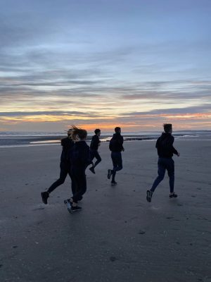 CNI Athletes Enjoy Sunrise in Bettystown