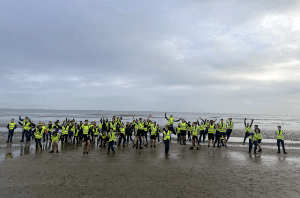 Coláiste na hInse Couch to 5k on beach