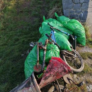 Piltown Road rubbish collection