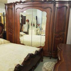 Спальня ДЖУЛЬЕТТА JULIET 3288, с 5-дверным шкафом, беж с золотом