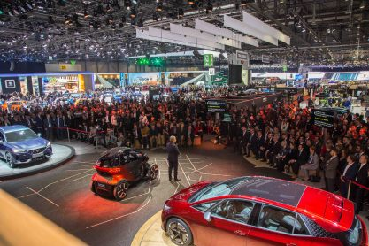 SEAT-kicks-off-its-e-mobility-offensive-in-Geneva_08_HQ