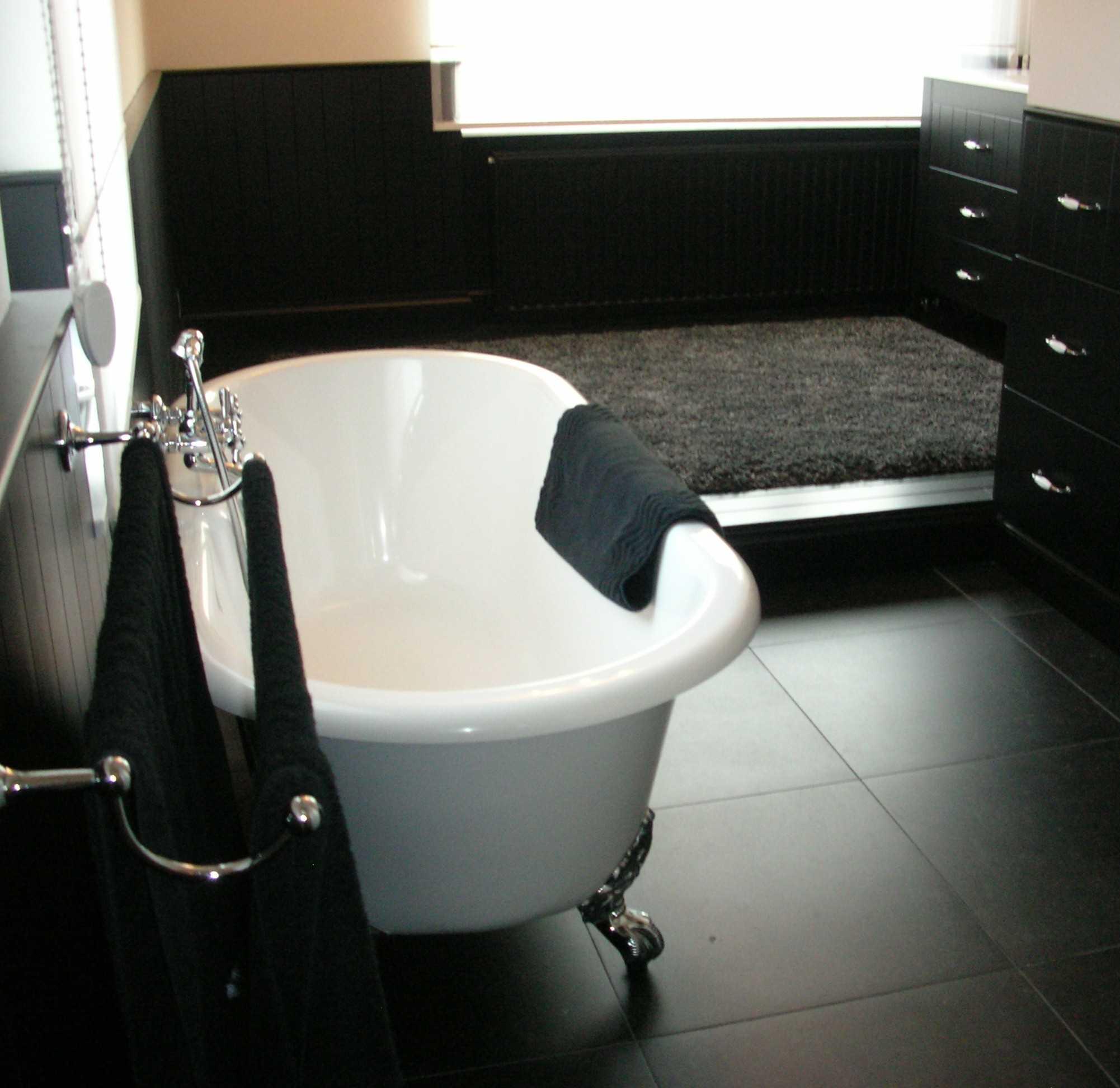 Badkamer in landelijke stijl genk idee m interieurarchitecten limburg - Badkamer in m ...