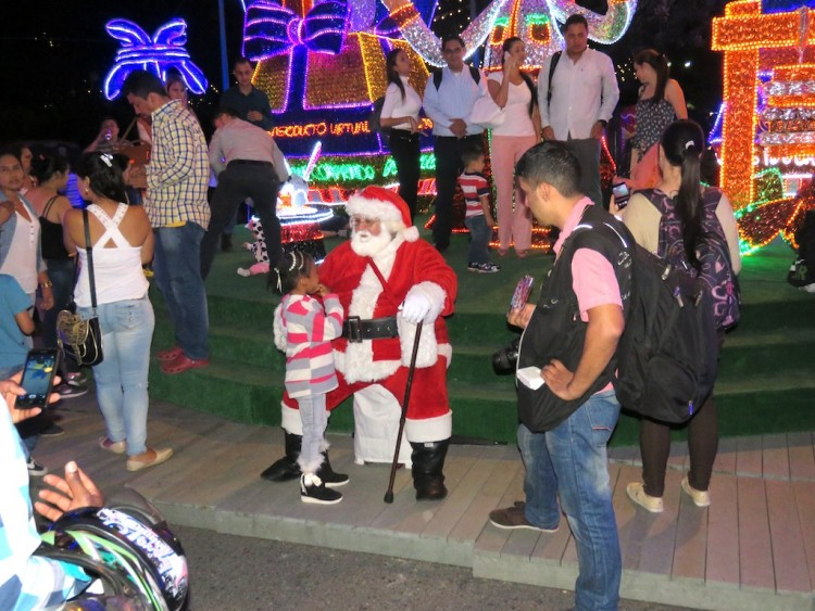 Many families with children will be seen along the lights display