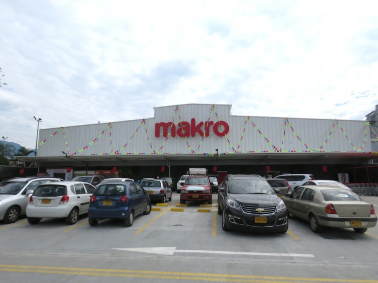 The front of the new Makro store