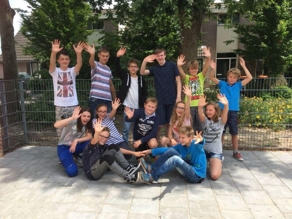 Super Afscheid groep 8 OBS De Klaverwoid Twisk | Medemblik Actueel. HF-92