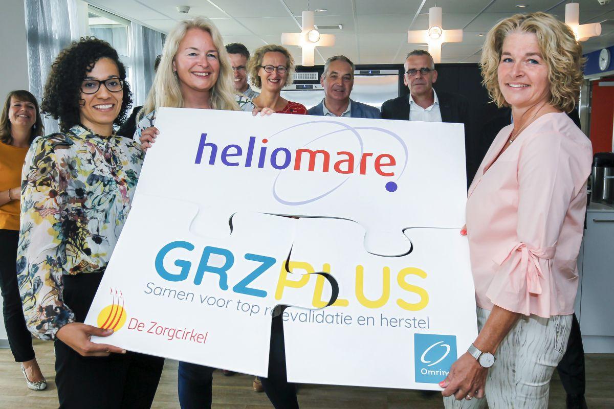 Revalidatieartsen Jessica Sleeswijk (De Zorgcirkel en GRZPLUS), Willemijn Faber (Heliomare) en Corinne Eckes (Omring en GRZPLUS) na de officiële ondertekening.