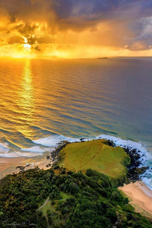 Moonee-Beach-Green-Bluff-Headland