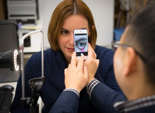 Smartphone Measures Hemoglobin Levels in Photos of Eyelids 4