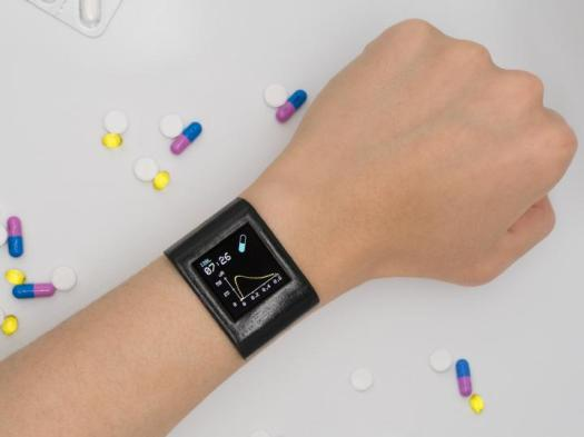 Smartwatch Tracks Levels of Medication in the Body for Personalized Dosing 2