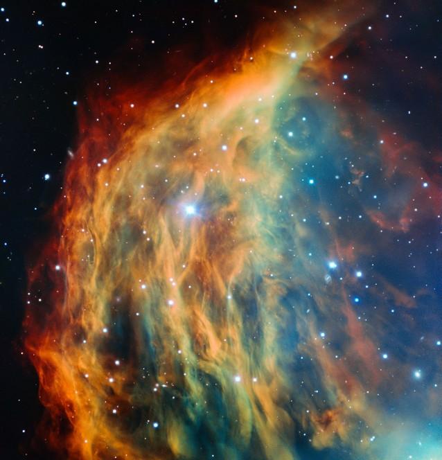 La spelndida immagine della nebulosa Medusa, la più dettagliata mai ottenuta, ripresa dal Telescopio VLT dell'ESO con lo strumento FORS. Crediti: ESO