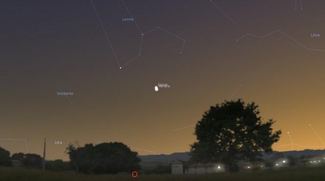 Ecco come appariranno Venere e Giove alle 21:30, visti da Roma. Software utilizzato: Stellarium