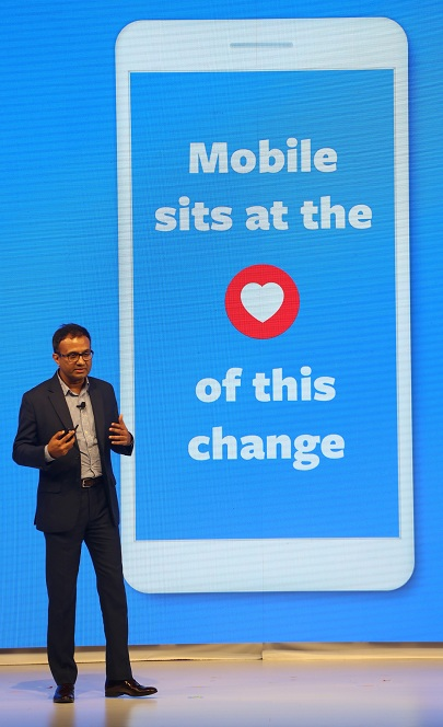 image- Ajit Mohan - MD and VP - Facebook India addressing the audience at the Thumbstoppers Summit -MediaBrief