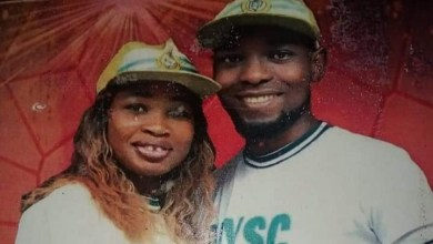 Photo of NYSC: Corp members demonstrates symbol of true love in camp
