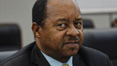 Photo of Zimbabwe's President Emmerson Mnangagwa fires Health Minister