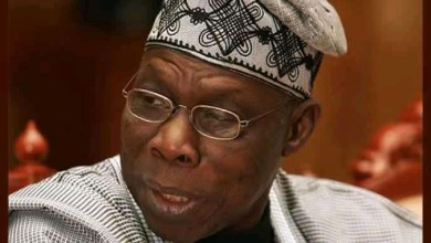 Photo of Obasanjo descended to lowly level of Divider-in-Chief – Presidency