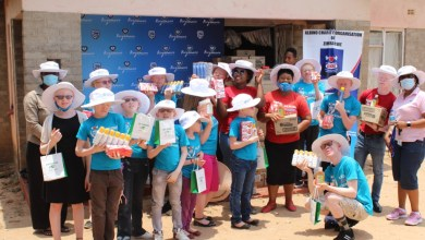 Photo of Zimbabwe: Stanbic Donates USD34K to People Living With Albinism