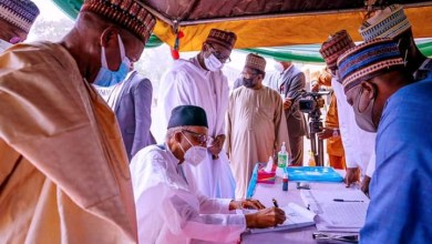 Photo of Photos: Buhari Revalidate His APC Membership Status In Katsina